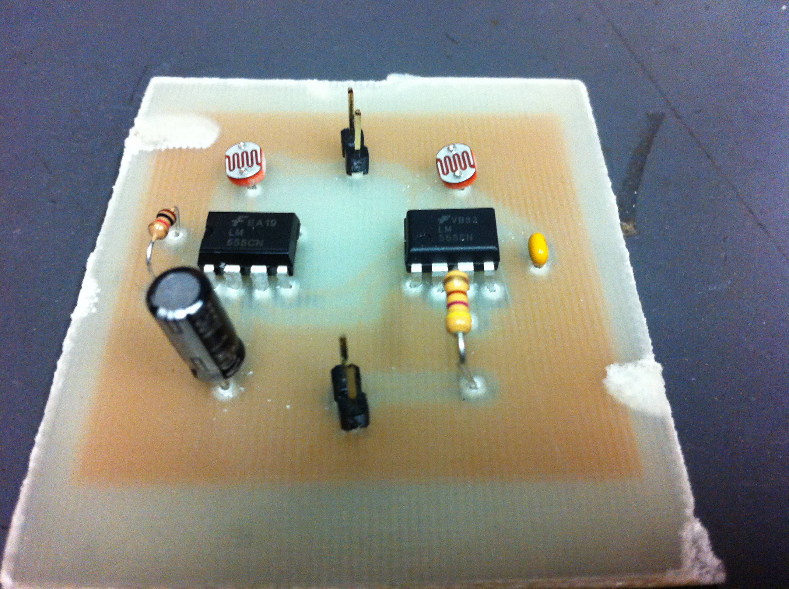Aaron Sherwood Blog Sewn Circuit With 555 Timer Posted In Circuits Itp Grad Student Work Leave A Reply